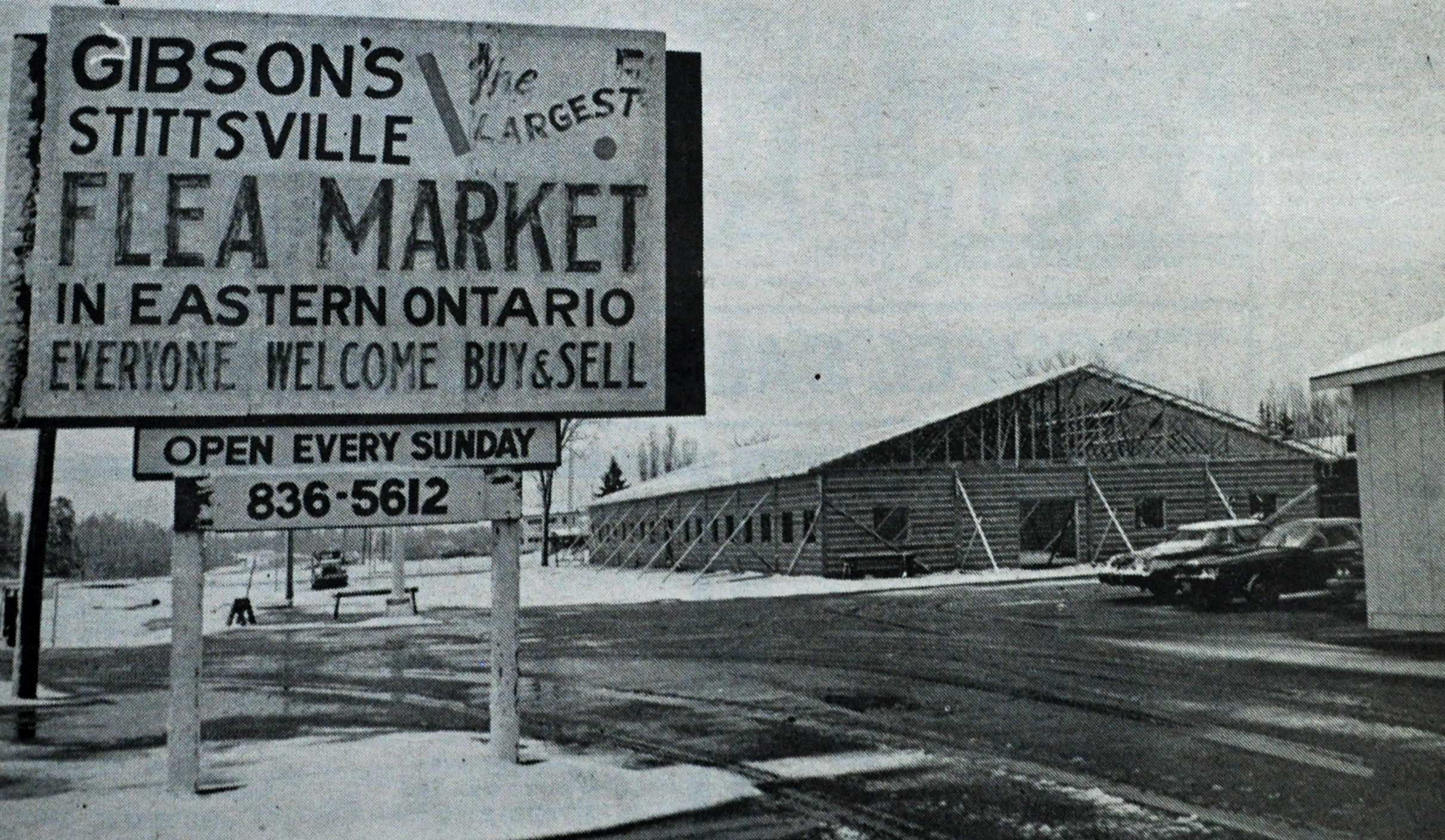 Photo of the Stittsville Flea Market Heritage Hall being erected